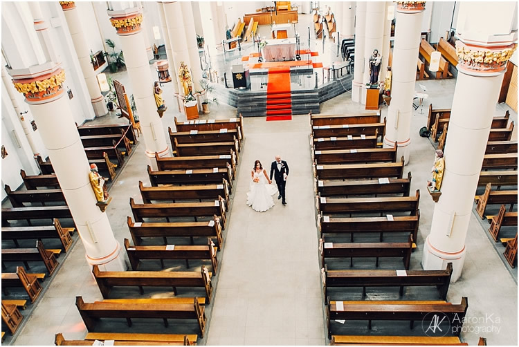 brautpaar auszug aus der kirche
